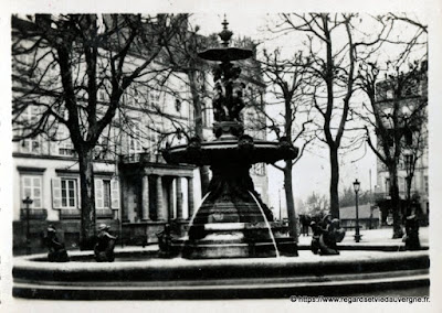 Photo ancienne de Clermont-Ferrand  fontaine place Delille