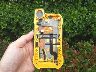 LCD Touchscreen Sonim XP7 XP7700 Plus Casing Frame Depan Original Copotan