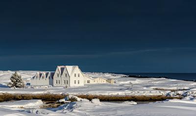 Comment les Islandais survivent-ils l'hiver sereinement?