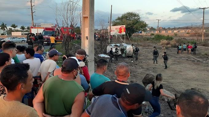 Um morto e outro ferido nessa sexta-feira, 12, após capotamento em Caruaru