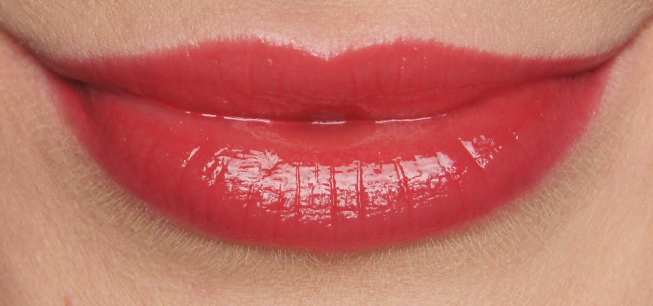 chanel rouge allure lip gloss emoi swatch