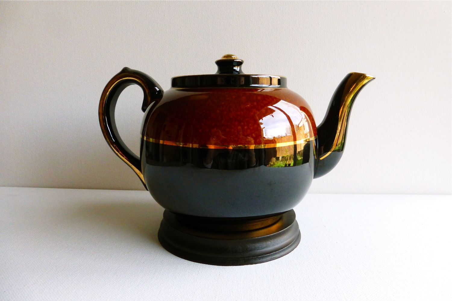 Sudlow's teapot, English two-toned teapot, English Sudlow's teapot, Vintage Tea Treasures on Etsy, Etsy Vintage Tea Treasures, English tea ware, vintage Sudlow's teapot, vintage tea party, vintage English tea party, Sudlow's brown teapot, Sudlow's black teapot, Sudlow's brown and black teapot, Sudlow's earthenware teapot, English teapot, Burslem teapot, brown black teapot