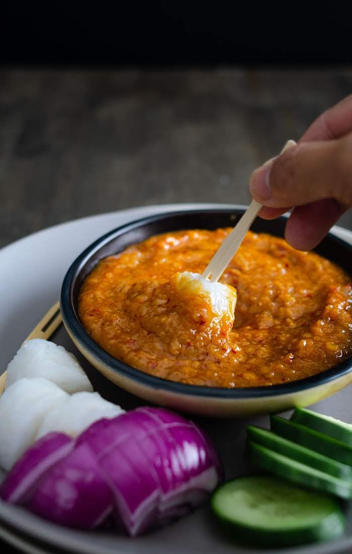 How to make peanut sauce