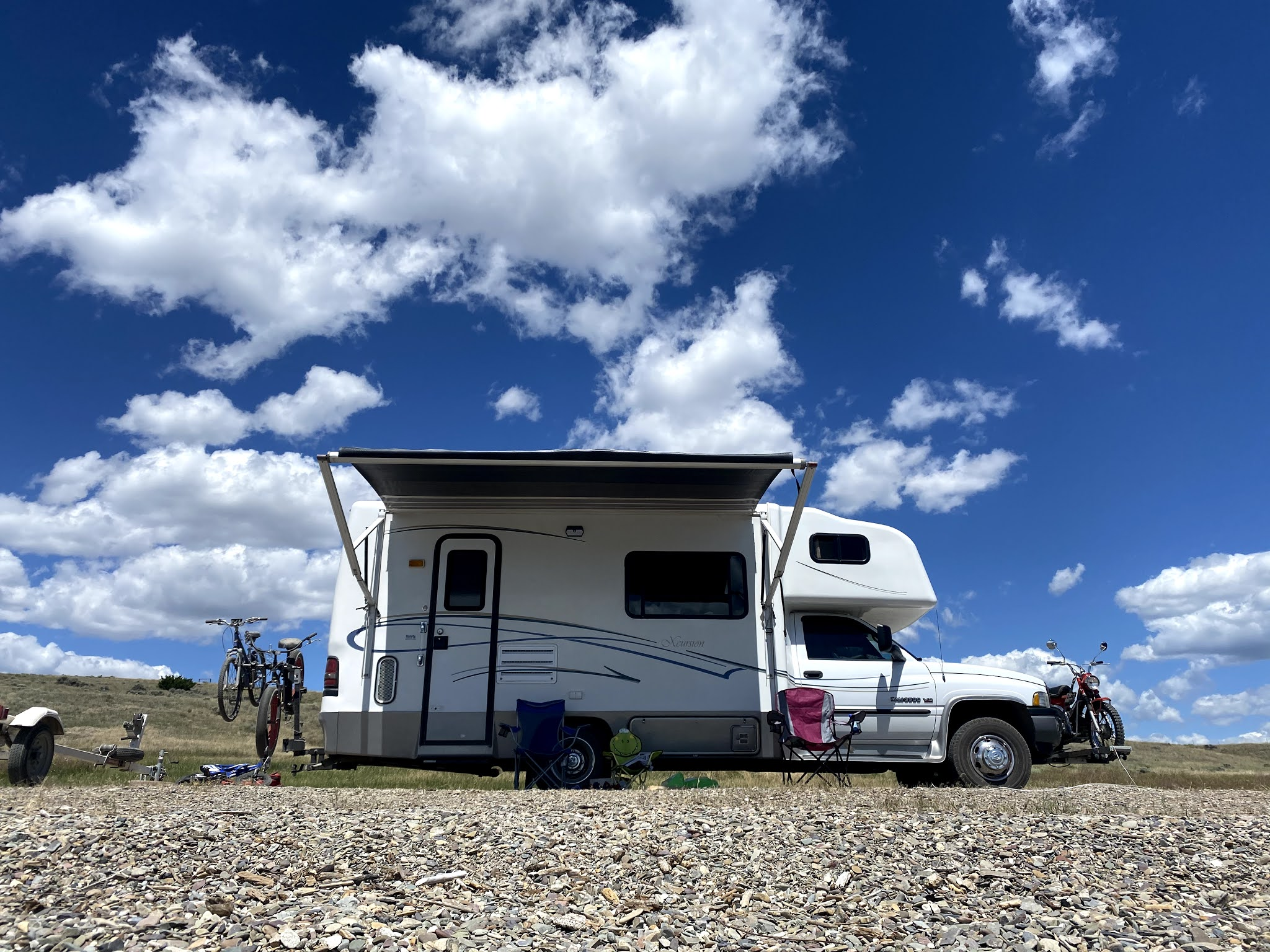 RV Camping on Canyon Ferry Lake in Montana   biblio-style.com