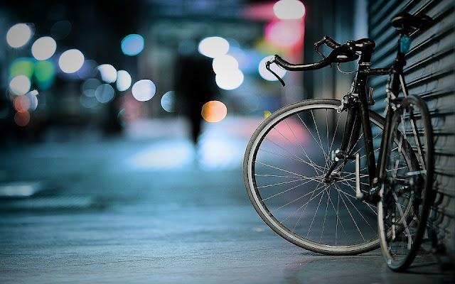 Hernádnémeti-Bőcs vasútállomáson erőszakkal elvették egy fiatalember kerékpárját