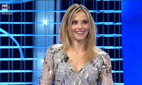 vestito abbigliamento Francesca Fialdini affari Tuoi