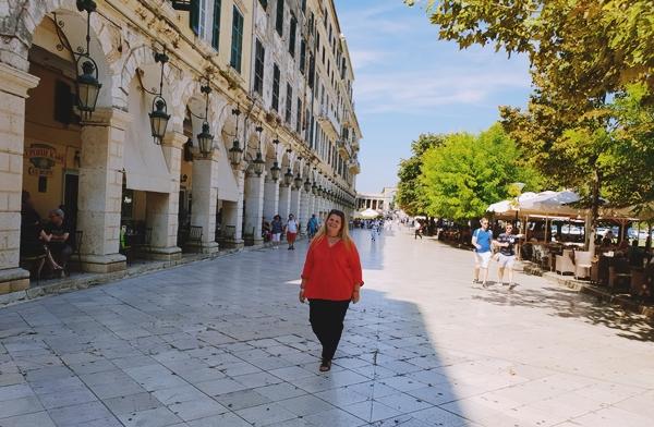 Corfu-Town-Liston-street-obiectiv-turistic