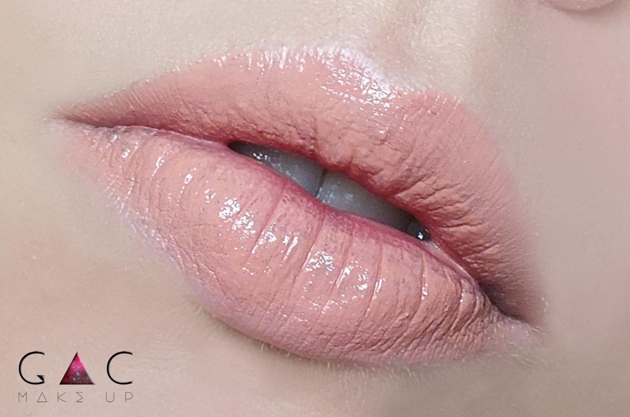 Hot Makeup Carpet Ready Lipstick Ever After