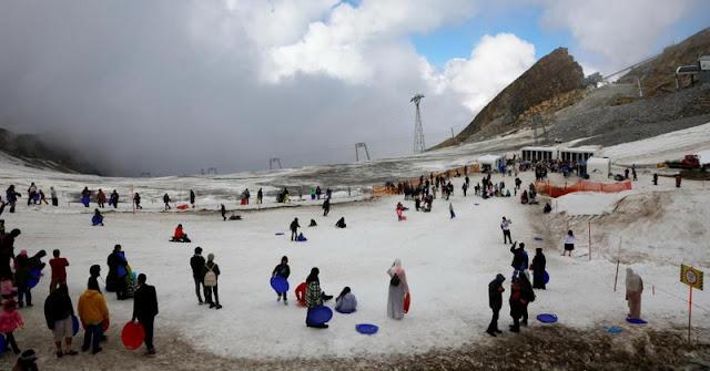 Innalillahi, Gurun Sahara dan Arab Saudi Memutih akibat Hujan Salju, Ini Penjelasan NASA
