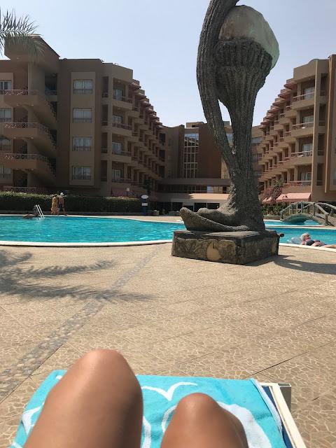 Seagull resort pool review