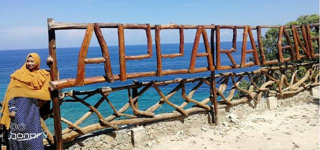 apparallang_wisata_bahari_dengan_hamparan_tebing_eksotik_yang_mengagumkan