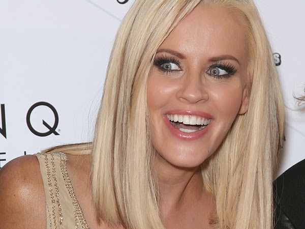Jenny McCarthy Spreading Her Wings
