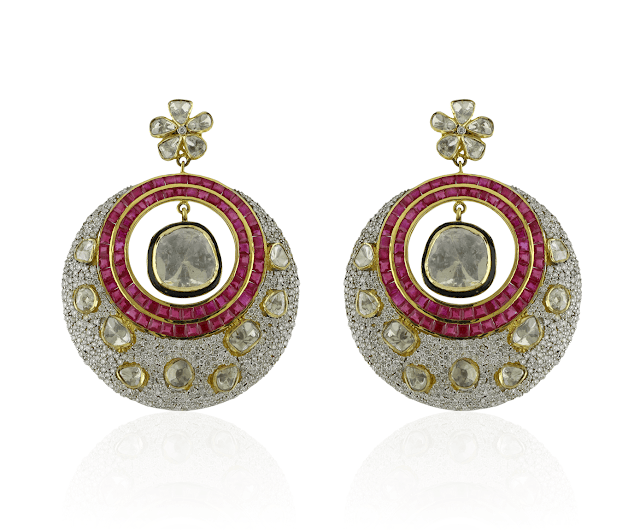 SUNAR JEWELS collection showcasing the power of finest kundans and gems jewelled in golden ornaments jewellery