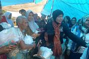 Baiq Diyah Peduli Korban Gempa, Salurkan Makanan Dan Perlengkapan Bayi