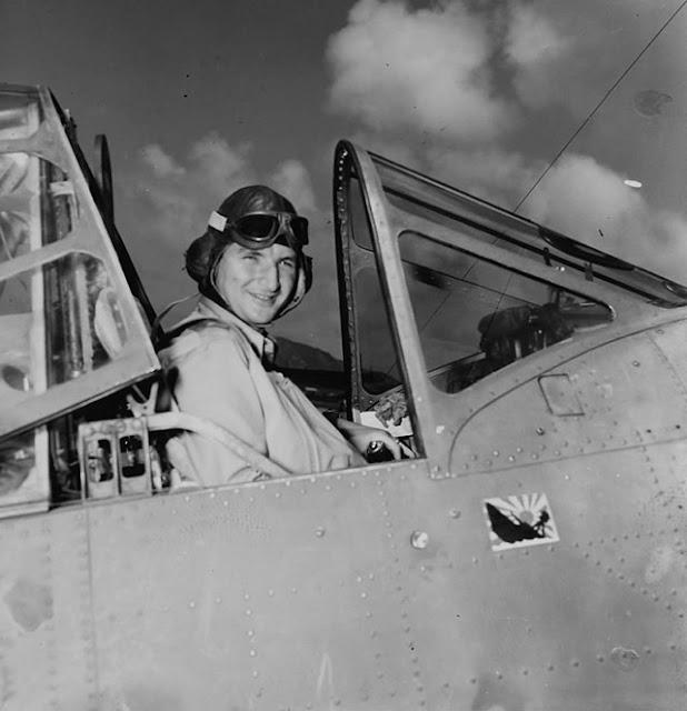Lieutenant Commander Lance E. Massey 24 May 1942 worldwartwo.filminspector.com