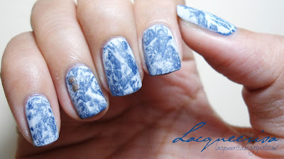 Lacqueerisa: Bleached Denim Nails II