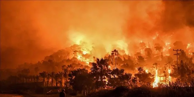 Wildfires continue in Greece
