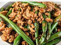 Spicy Ground Turkey and Green Bean Stir-fry Recipe