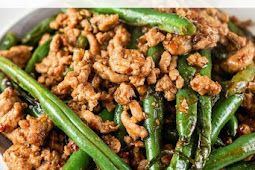 Spicy Ground Turkey and Green Bean Stir-fry Recipe