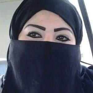 سورية على قدر من الجمال اريد رجل صادق للزواج