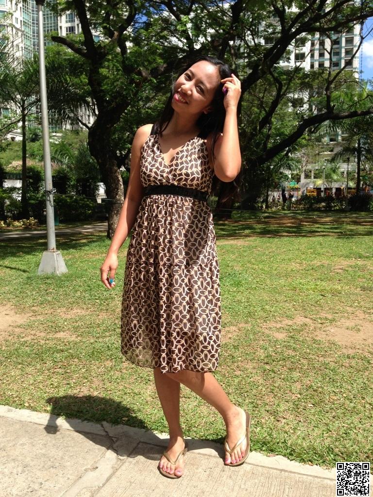 Summer Fun: Good Weather, Light Dress, Greens and Beautiful Sunshine