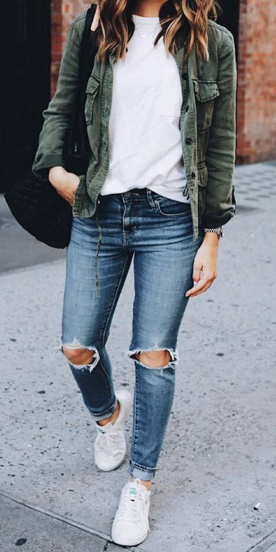 With summer collapsing into fall, dish out the blazers, berry lipsticks and layers. Have a look at these 24 Comfy and Goto Fall Fashion to Wear Everyday. Daily Style via higiggle.com | denim outfits | #falloutfits #fashion #denim