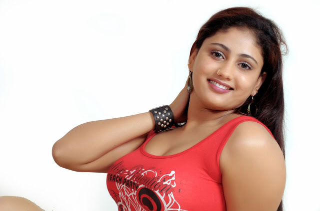 Tamil Stills — Amrutha Valli Sizzling Spicy Photo Gallery