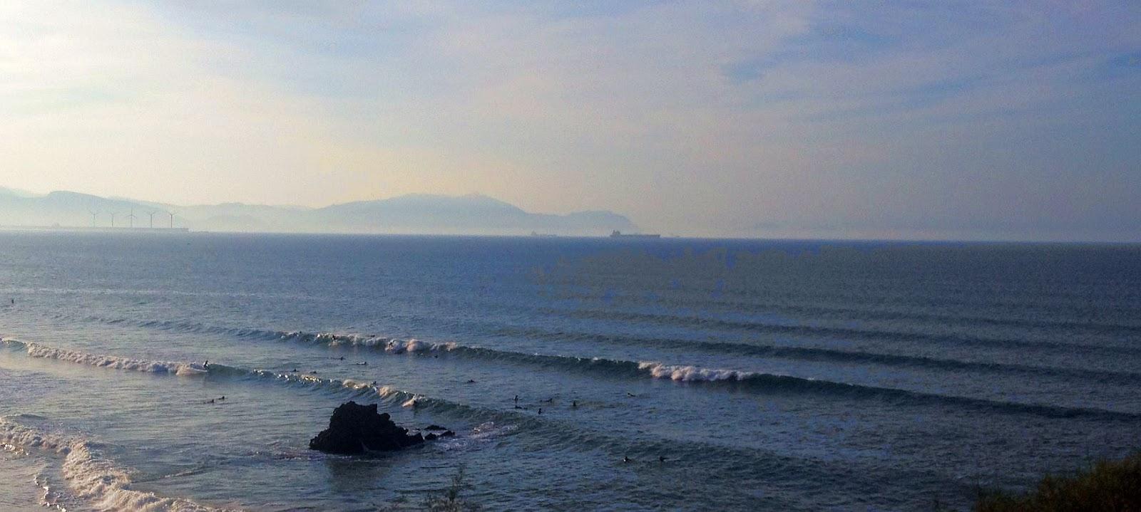 surf sopelana medio metro olas 01