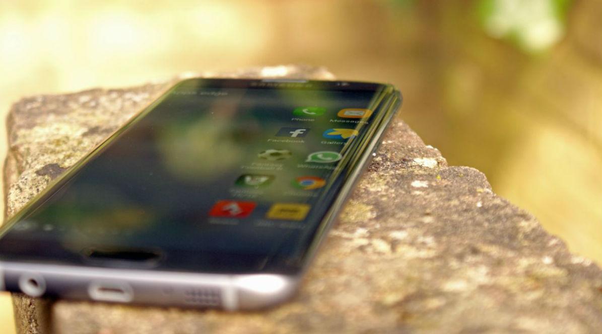 Harga Dan Spesifikasi lengkap Samsung Galaxy S7 Edge