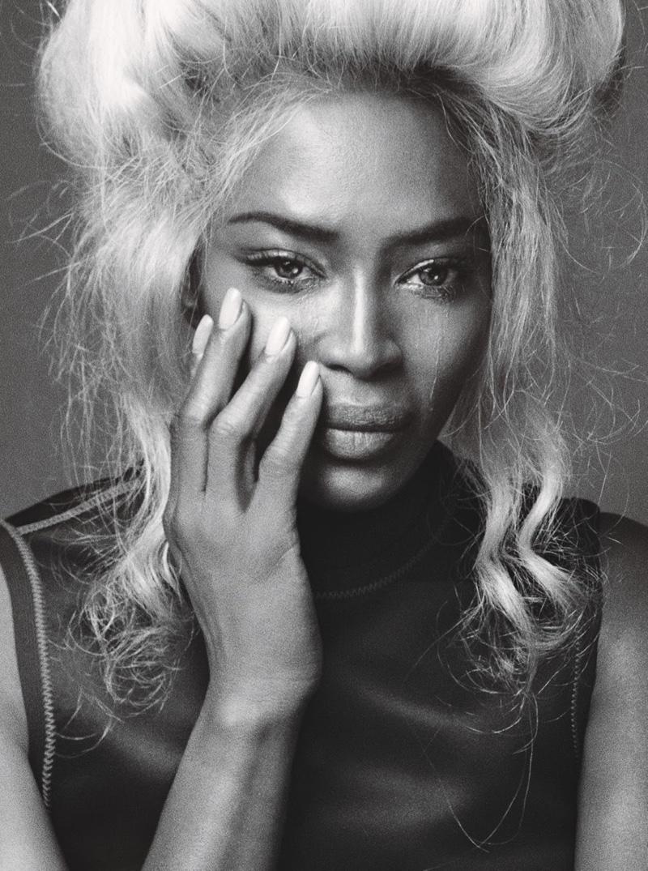 Naomi Campbell dans le magazine W du mois décembre 2016, par Steven Klein.
