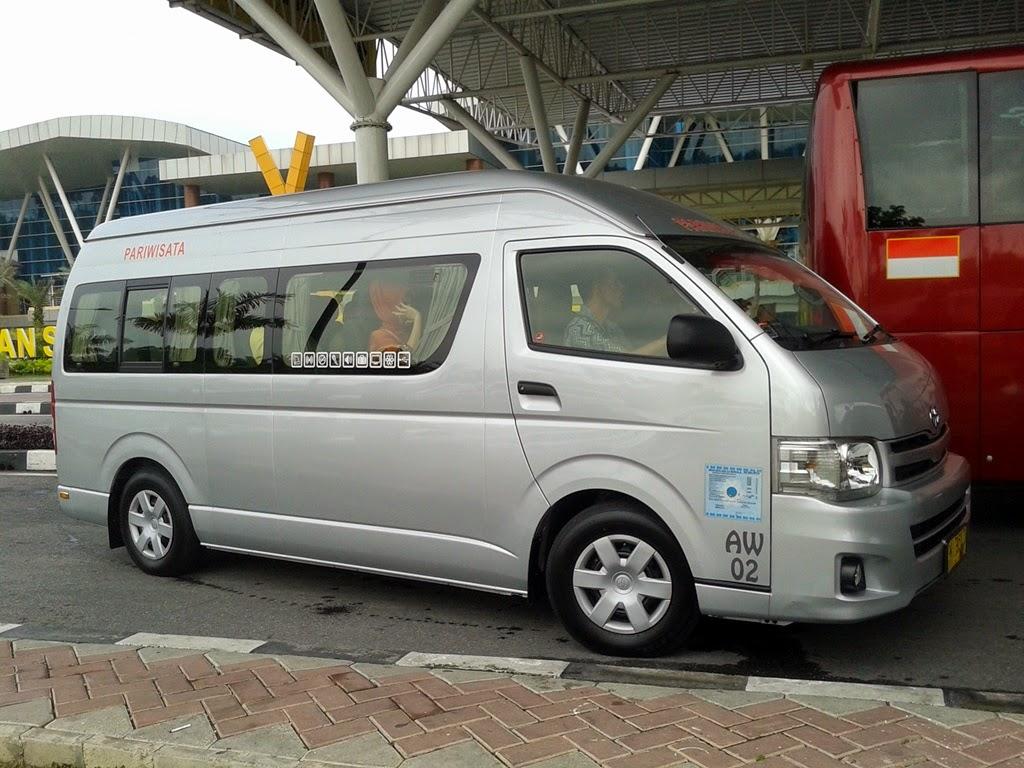 Sewa Bus Pariwisata Pekanbaru 56