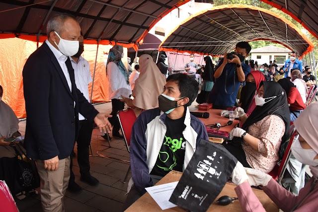 Pemda Provinsi-Mahasiswa Berkolaborasi Percepat Vaksinasi Covid-19 di Jabar