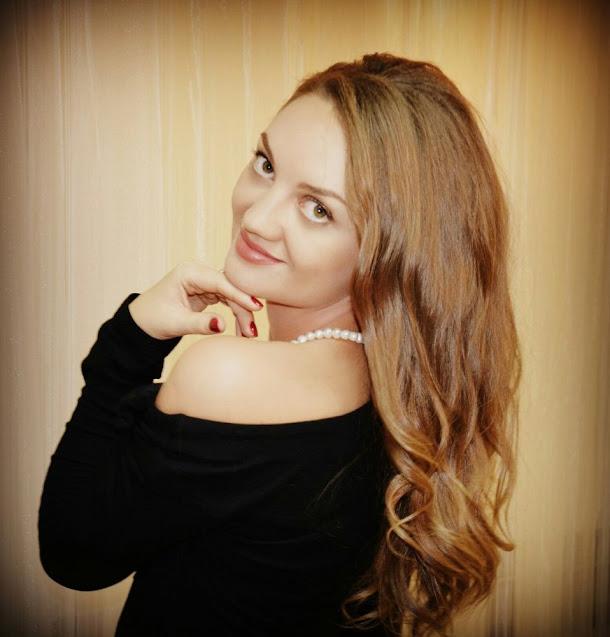 Charming russian girl images. beautiful canadian girl photo, canadain model pic