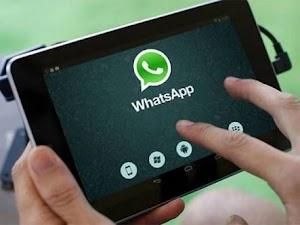 WhatsApp Updates It Features: Swipe To Reply, Dark Mode & More