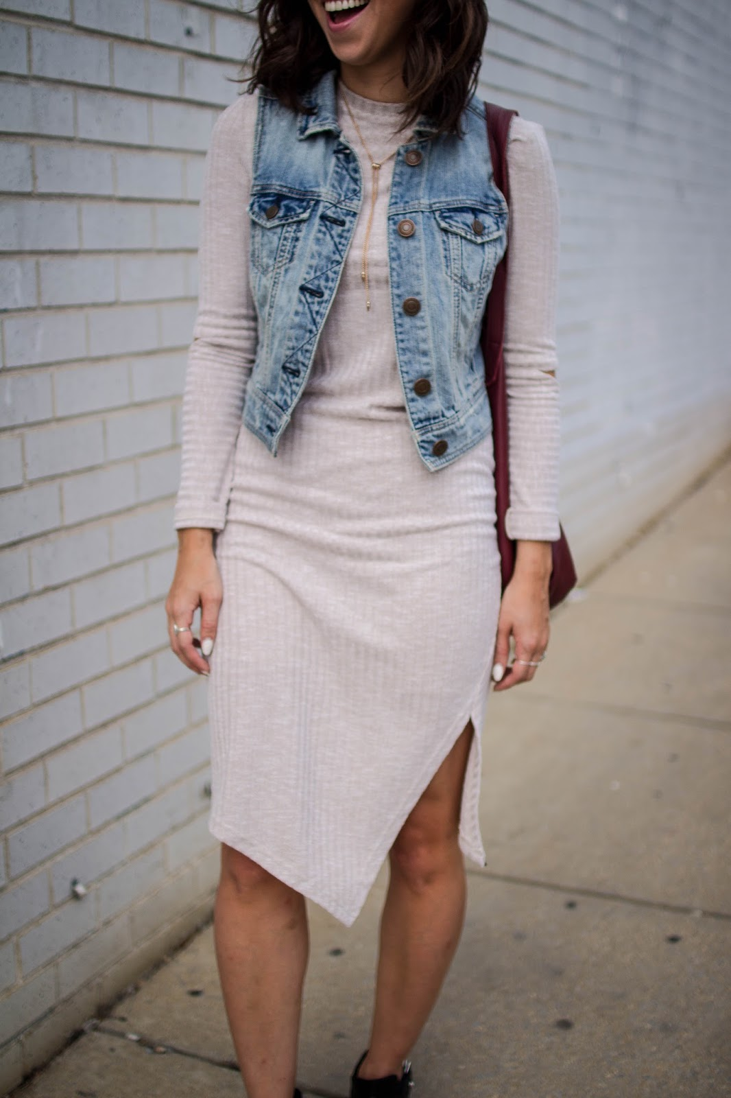 How to wear a casual bodycon dress for fall. | A.Viza Style | the fifth knit dress - denim vest - dc blogger -ragbone booties - fall layering