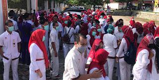 Ratusan Tenaga Medis Menggelar Aksi Diam, Bupati Ancam Pecat Semua, Langsung Bubar