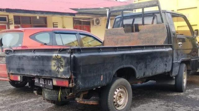 Polisi di Jambi Nekat Maling Mobil L300 yang Terparkir di Depan Rumah Warga