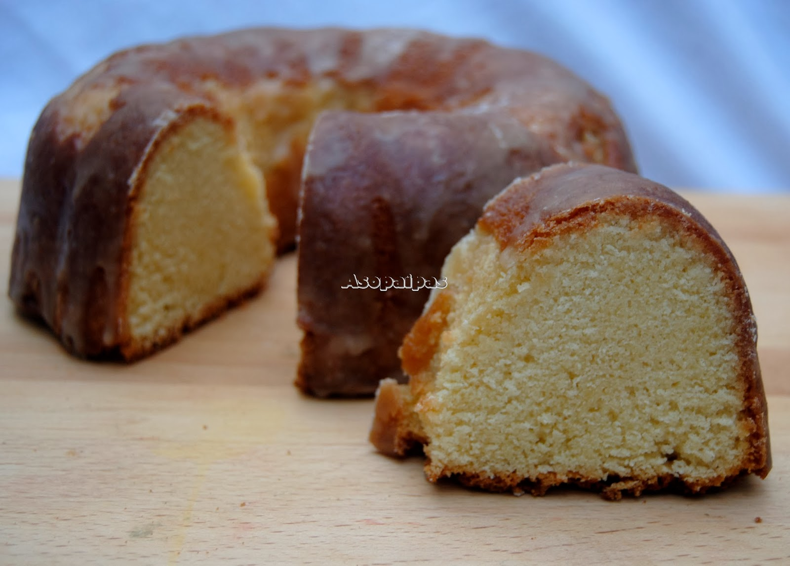 Pound Cake de Coco y Buttermilk (Coconut Buttermilk Pound Cake)