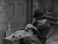 """Кадр из фильма Чарли Чаплина """"Собачья жизнь"""" / A Dog's Life (1918) - 3"""