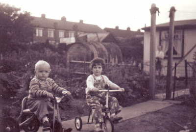 Brigg prefab gardens around 1958 with Hawthorn Avenue in the distance