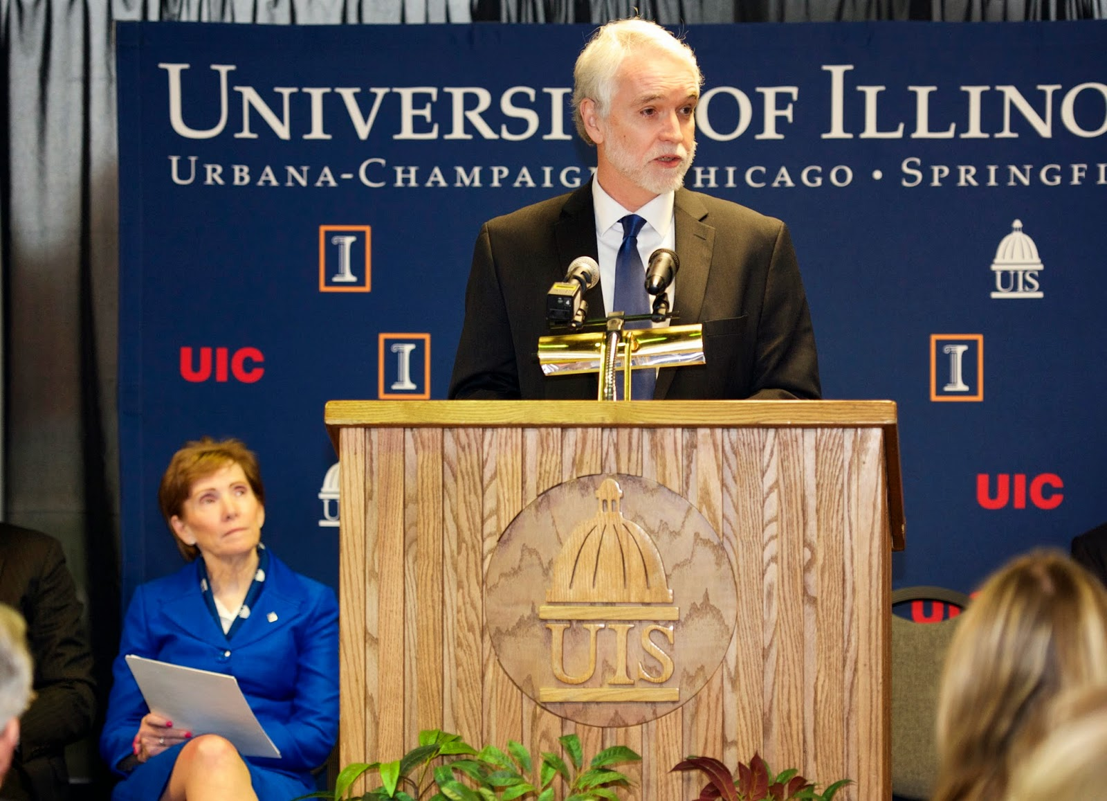UIS News: UIS welcomes new University of Illinois President