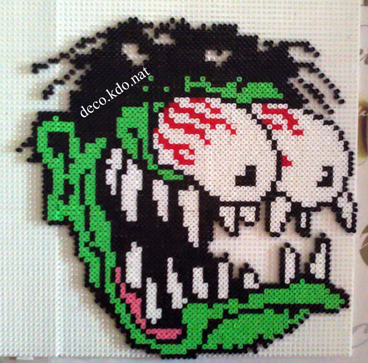 DECO.KDO.NAT: Perles hama: monstre aux yeux globuleux halloween