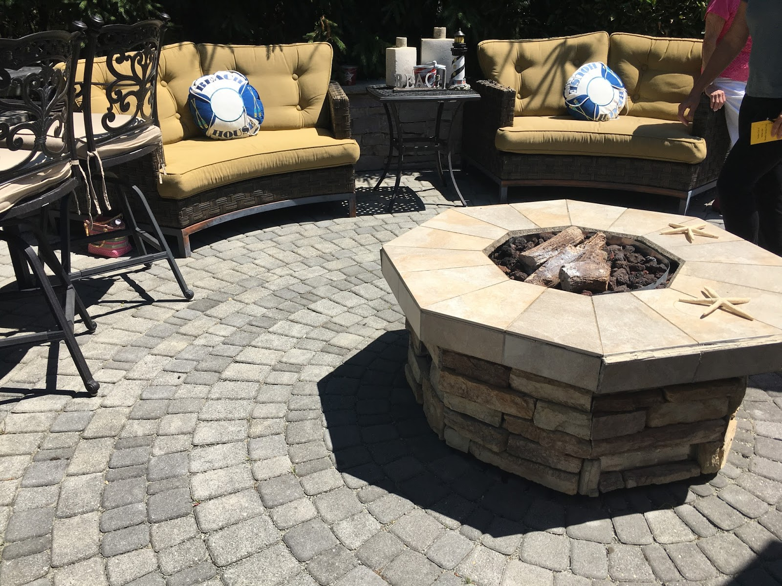 Outdoor seating around fire pit