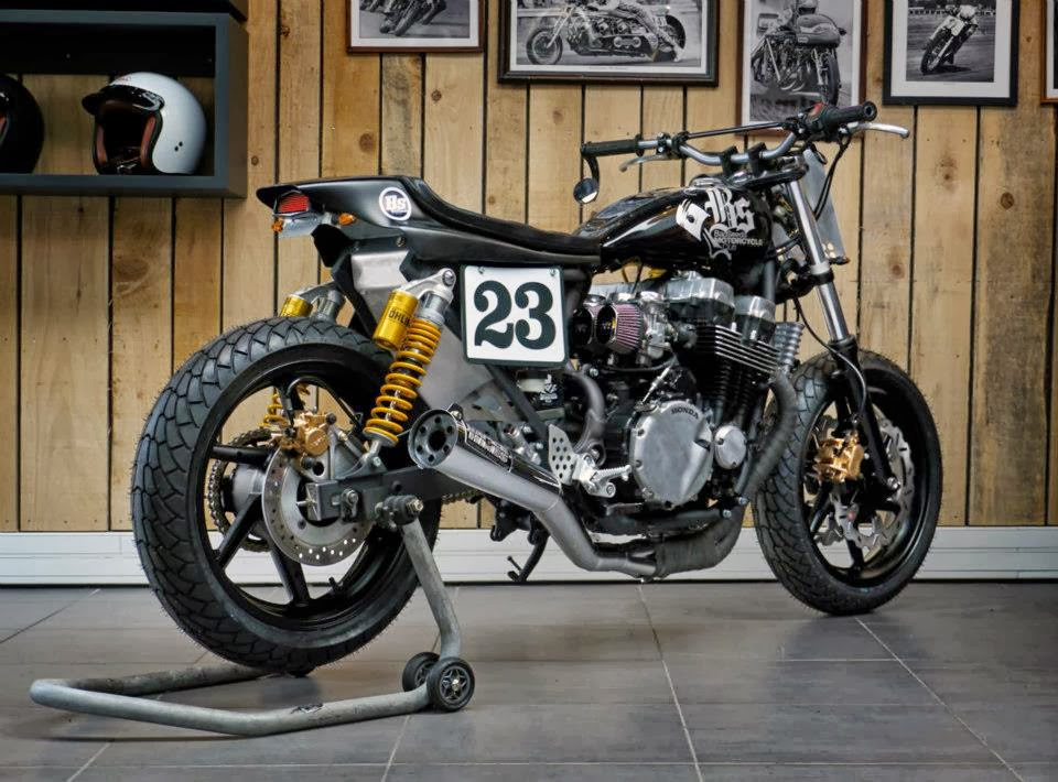 Bs3 seven fifty dirt track rocketgarage cafe racer for Dirt track garage