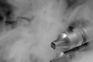 """De lugnar oroliga e-cigarett användare """"Butikerna är jätteviktiga"""""""