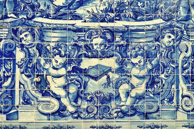 Najpiękniejsze kościoły w Porto - śladem niebieskich azulejos