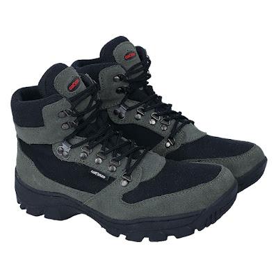 Sepatu Adventure Pria Catenzo RR 002