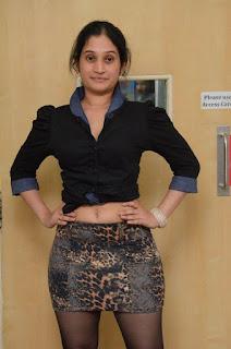 Priyanka Pallavi Navel Show Navel Queens