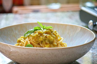 Spaghetti mit Sugo von der grünen Tomate, homemade by LeLo machetwas.blogspot.com