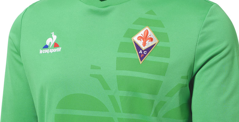 The new Fiorentina 2015-2016 Goalkeeper Jersey introduces a unique design  for the Serie A club 0cd7f5968